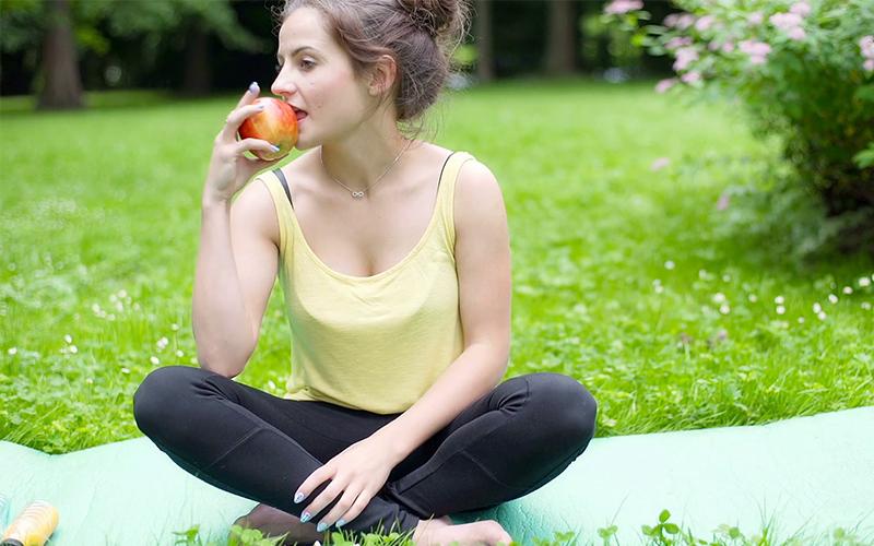 4 Makanan Diet Alami yang Tepat untuk Dikonsumsi Sehari Hari